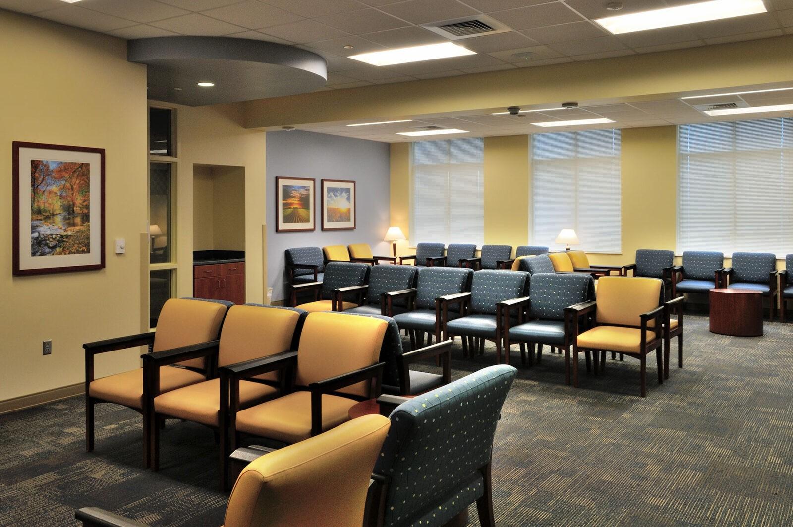YCH-Architect_Portfolio-Healthcare_Waiting-Room