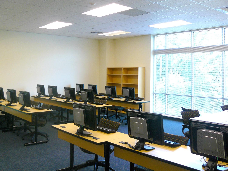 rccc computerclassroom-min